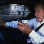 Предложили поднять штраф за разговоры за рулём до 10 000 руб
