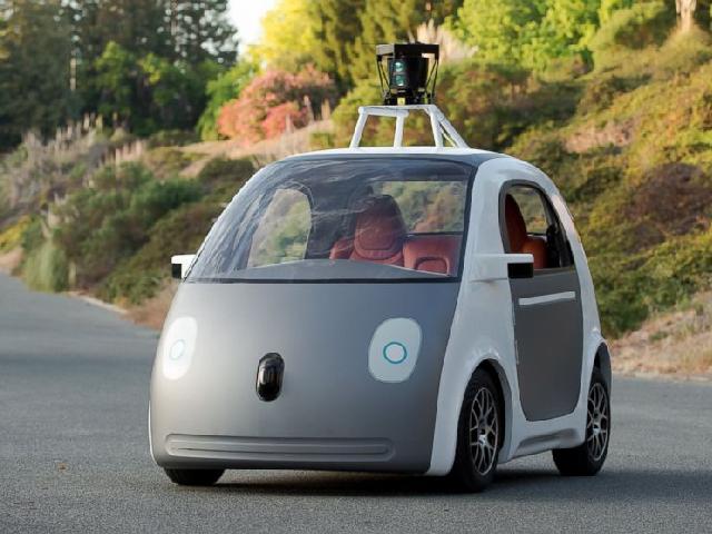 Беспилотные автомобили Google испытают в городских условиях