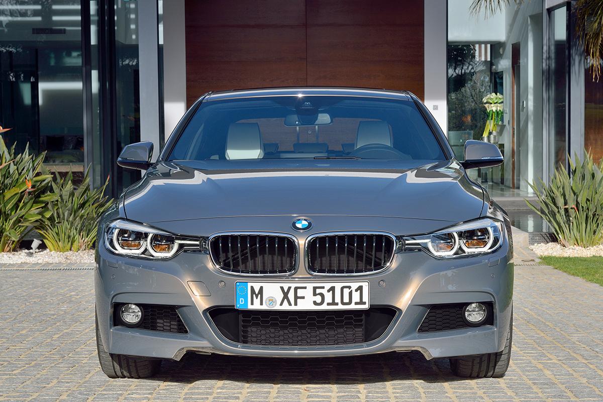 BMW назвала цены на обновленную «тройку»